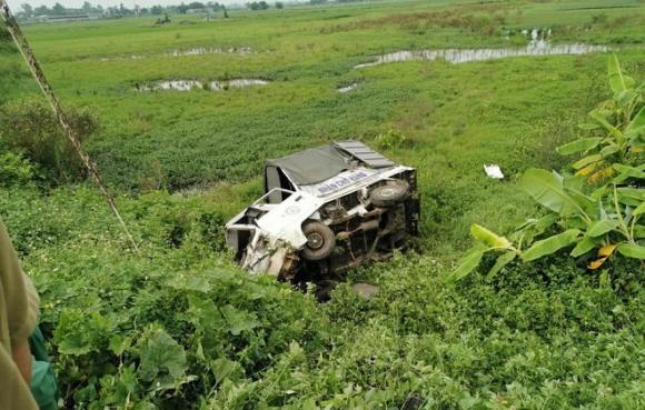 tai nạn đường sát, tàu hỏa đâm ô tô, Nam Định