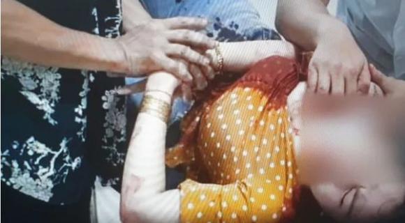 người phụ nữ bị đối tượng đâm nhiều nhát vào cổ, tin nóng, tin pháp luật