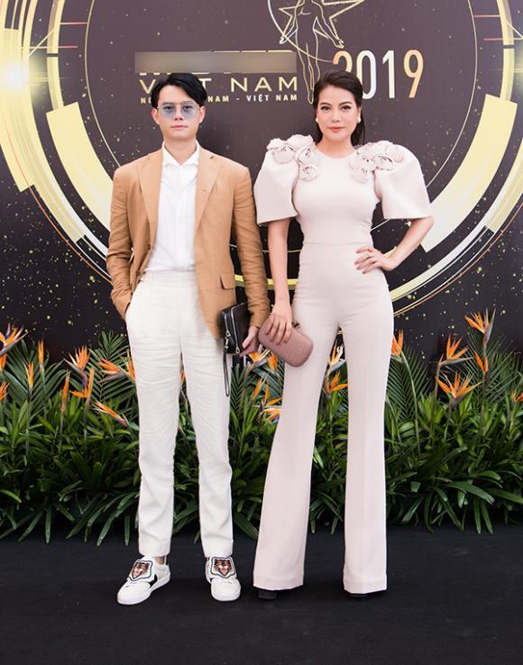 siêu mẫu, Khả Trang, sao Việt,  Thu Hoài
