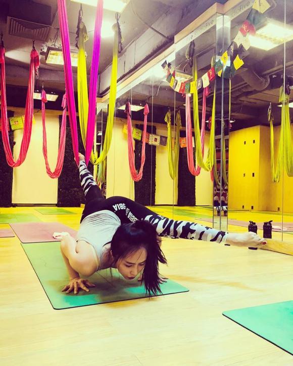 Quỳnh Nga, Nhã Về nhà đi con, Ngọc Trinh, tập yoga