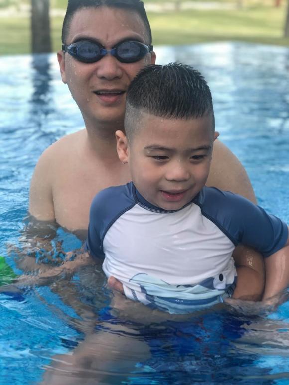 Hiếm hoi lắm mới diện đồ bơi, ca sĩ Mỹ Dung được khen ngợi hết lời
