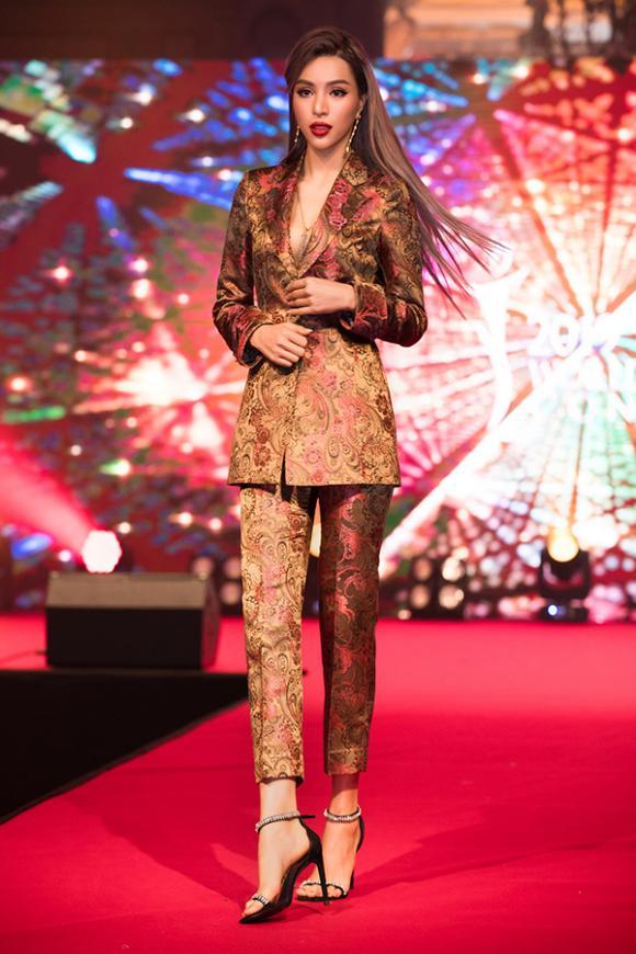 siêu mẫu ,Khả Trang, sao Việt