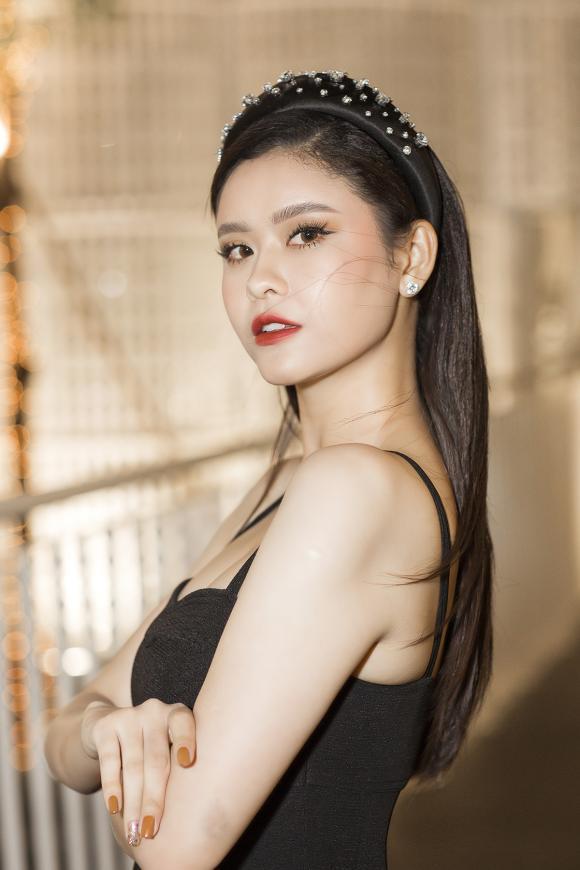 trương quỳnh anh,Ca sĩ Trương Quỳnh Anh, sao Việt