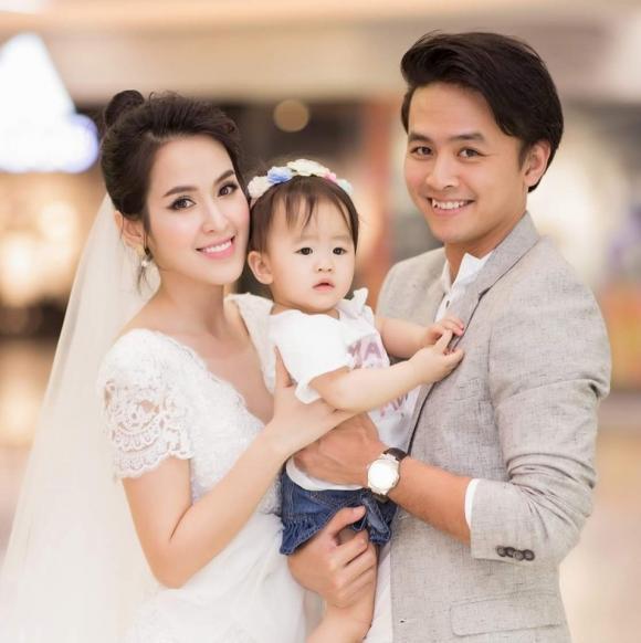 Văn Anh, Tú Vi, sao Việt