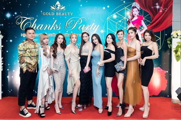 Hoa hậu Trần Ngọc Trâm, Phan Thị Mơ, Sao việt
