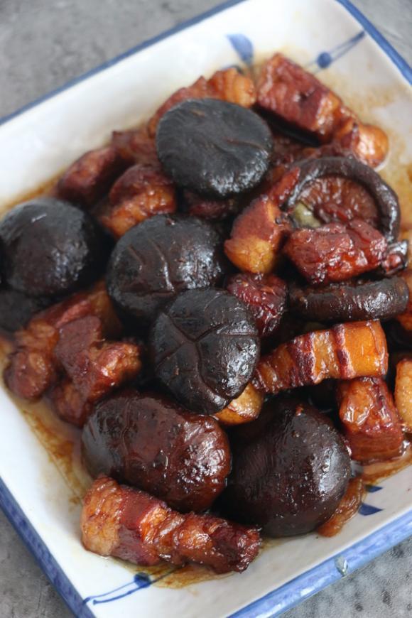 nấm hương, thịt ba chỉ, món ăn gia đình, day nau an