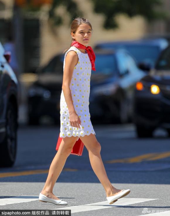 thời trang Suri, suri cruise, con gái tom cruise, sao hollywood