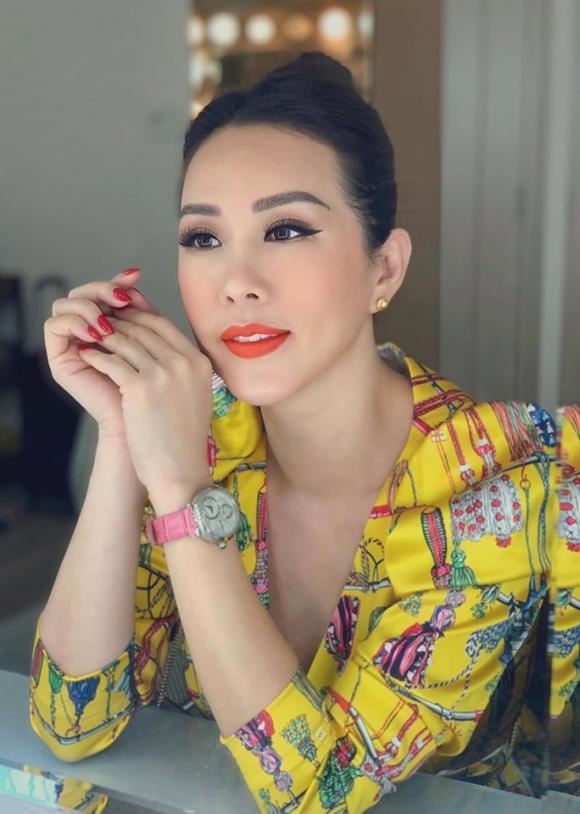 Ai đang mơ về tình yêu sét đánh, hãy đọc ngay chia sẻ của Hoa hậu Thu Hoài để tỉnh mộng