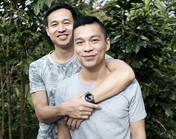Ca sĩ Lâm Khánh Chi, diễn viên Hồ Vĩnh Khoa, Biên đạo John Huy Trần, NTK Andrian Anh Tuấn, sao Việt