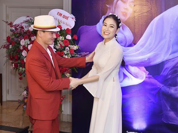 NSƯT Xuân Bắc, ông trùm chân dài Vũ Khắc Tiệp, Hoa hậu áo dài Việt Nam 2019 Tuyết Nga, sao Việt