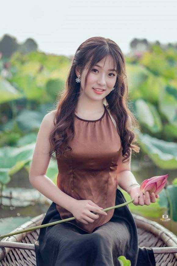 nữ sinh, Thái Nguyên, Để Mị nói cho mà nghe, khai giảng
