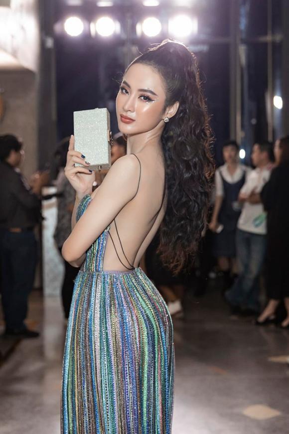 Thoát xác khỏi những bộ đồ 'kín cổng cao tường', Angela Phương Trinh trở lại cực gợi cảm