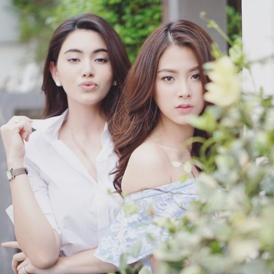 Mỹ nhân 'Chiếc lá bay' rủ cô bạn thân Mai Davika oanh tạc màn ảnh nhỏ Thái Lan, CĐM: 'Cặp đôi bách hợp cực phẩm đây rồi'