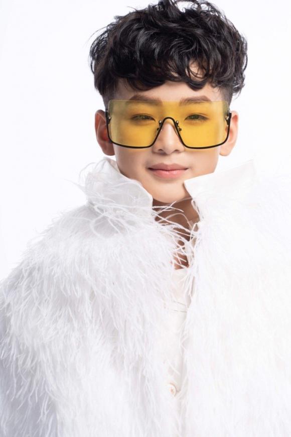 Naturalium ra mắt sản phẩm mới bằng chương trình thời trang ca nhạc Naturalium Fashion Show dịp tết Trung thu