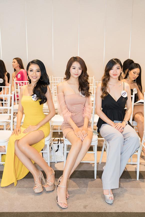 Siêu mẫu, Thanh Hằng, Vũ Thu Phương,  Hương Giang, sao Việt, Hoa hậu Hoàn vũ Việt Nam 2019