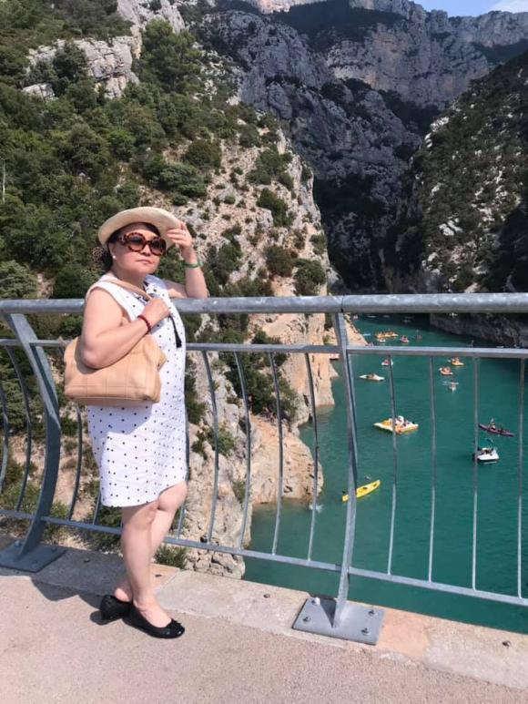 Hương Lan, danh ca Hương Lan, Hương Lan đi du lịch châu Âu, sao việt đi du lịch