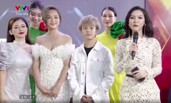 Sau nhiều lần tránh né, Minh Hà và Thu Quỳnh cuối cùng cũng đứng chung một khung hình