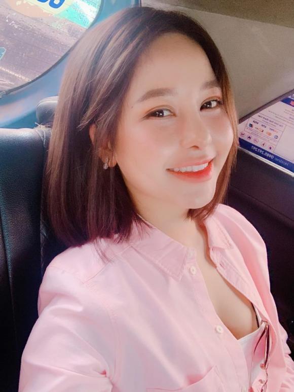 Sau thời gian ở ẩn vì ồn ào lộ clip nhạy cảm, hot girl Trâm Anh đăng ký hiến tạng