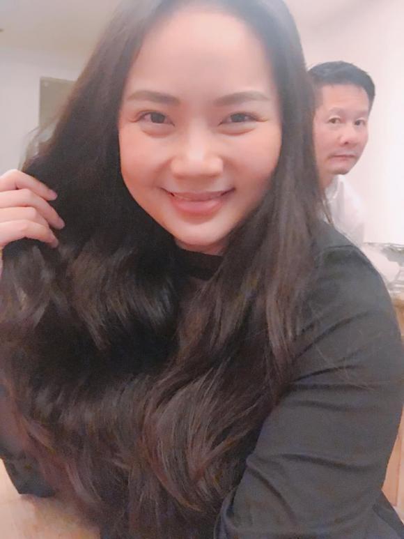 Phạm Ngọc Thạch tiết lộ lí do giảm cân nhanh sau sinh, chồng Phan Như Thảo tự nhận nuôi vợ kỹ quá