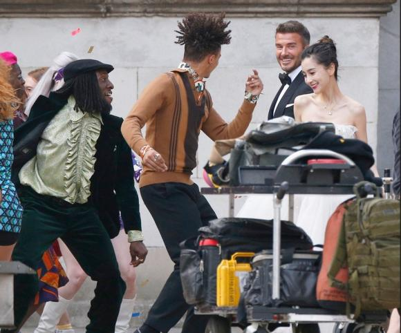 Angelababy gầy trơ xương khi làm 'cô dâu' của David Beckham