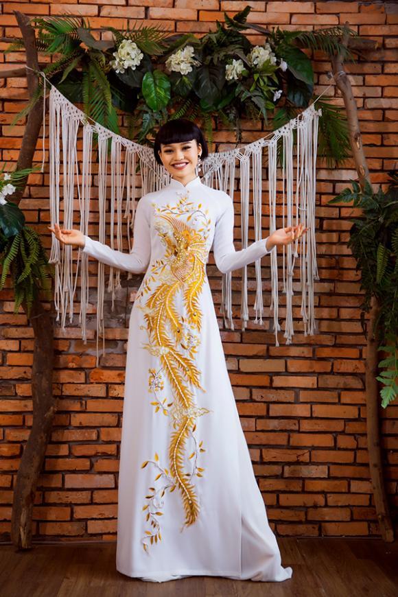 Làm cô dâu bên mỹ nam 6 múi, Lê Lộc liên tục đỏ mặt