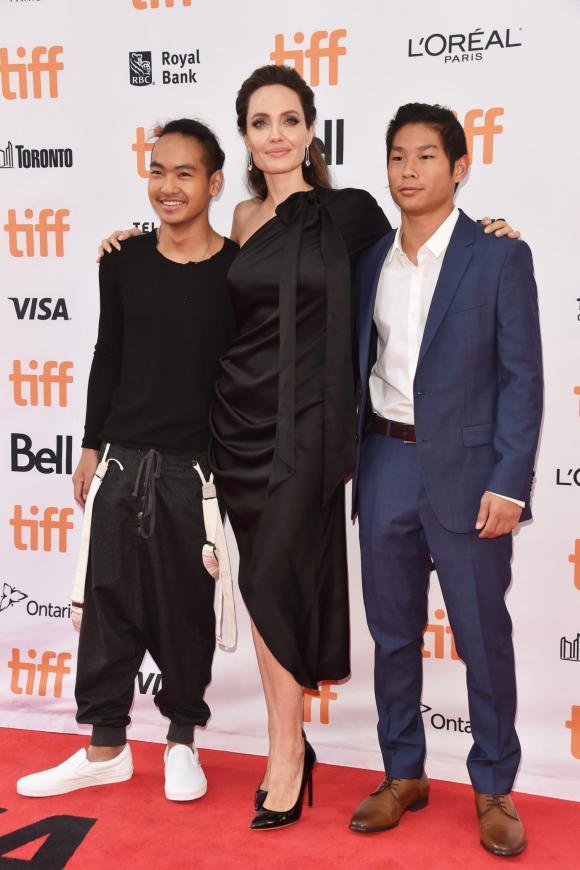 Brad Pitt,Angelina Jolie,sao Hollywood