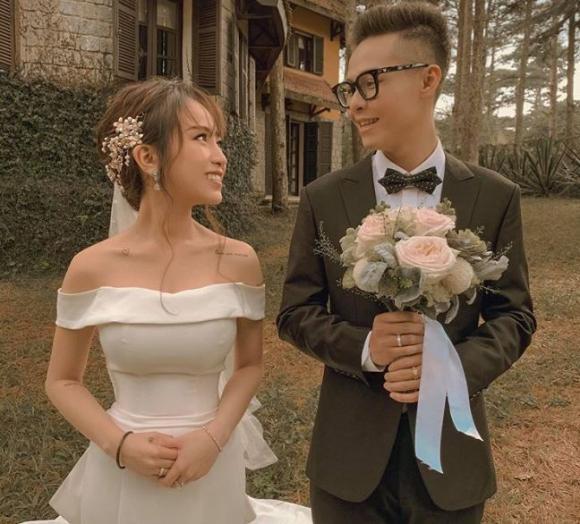 Đăng ảnh cưới sau hôn lễ, con gái Minh Nhựa lại để lộ chi tiết dễ gây hiểu nhầm