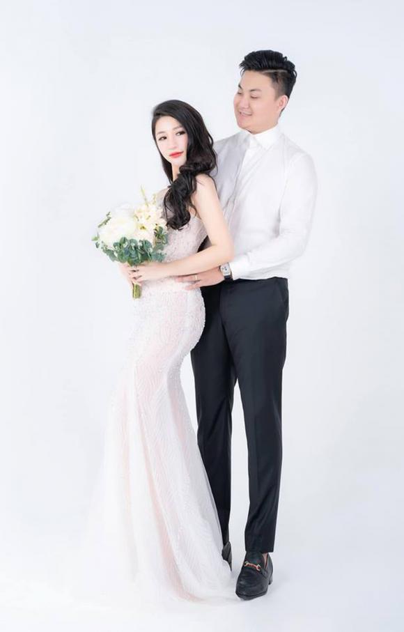Hot girl Vân Navy tiết lộ mối quan hệ với mẹ chồng, em chồng sau kết hôn
