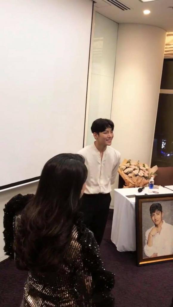 Ca sĩ Diệp Lâm Anh,dien vien Ji Chang Wook, sao Việt