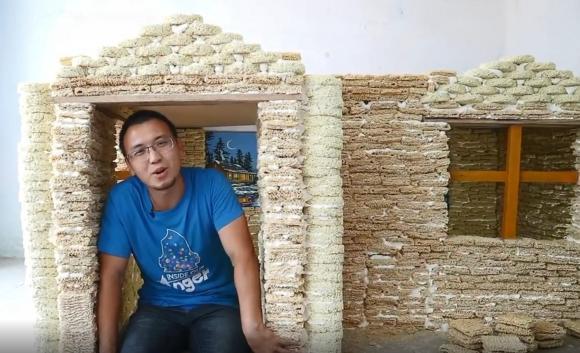 xây nhà bằng mì, câu chuyện độc lạ, những điều thú vị