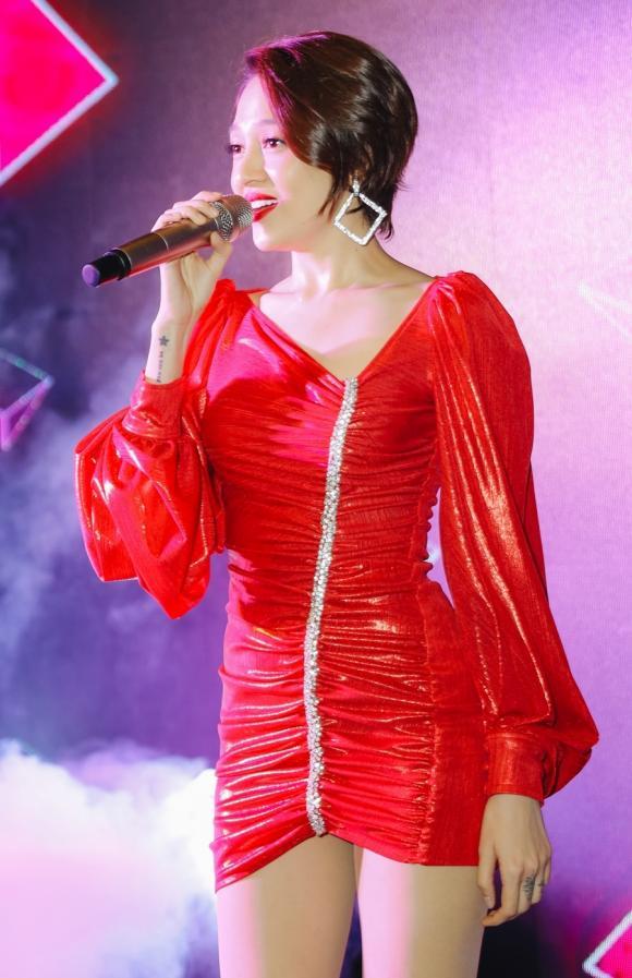 ca sĩ Bảo Anh, sao Việt