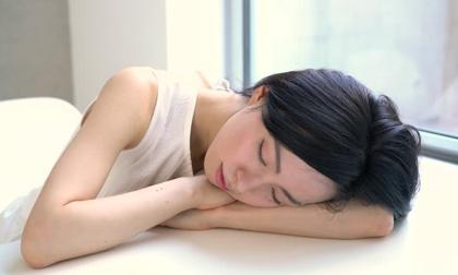 nghỉ trưa, ngủ trưa, sức khỏe, giấc ngủ
