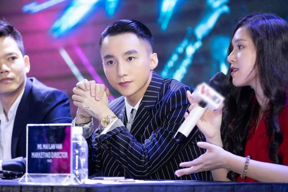Bóc giá chiếc đồng hồ giá khủng khiến Sơn Tùng M
