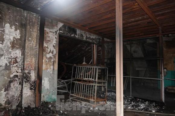 nhà kho Rạng Đông, Cháy công ty rạng đông, Hỏa hoạn