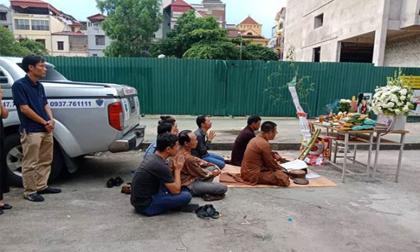 bé trai, bỏ quên trên xe đưa đón, học sinh, mầm non, Bắc Ninh