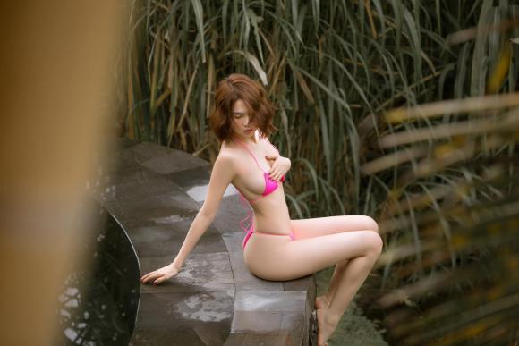 Ngọc Trinh,nữ hoàng nội y, sao Việt