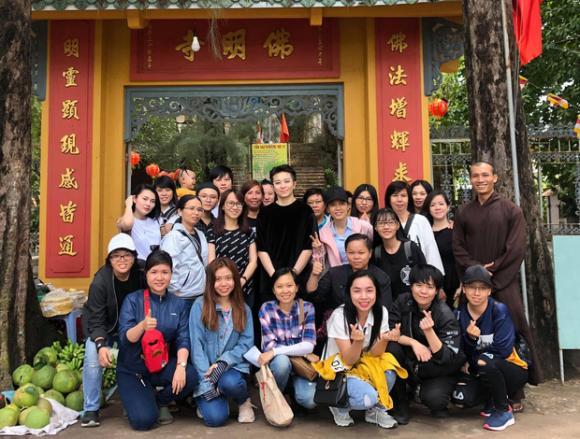 Gil Lê,Hoàng Thùy Linh,nghi vấn Gil Lê và Hoàng Thùy Linh hẹn hò,sao Việt