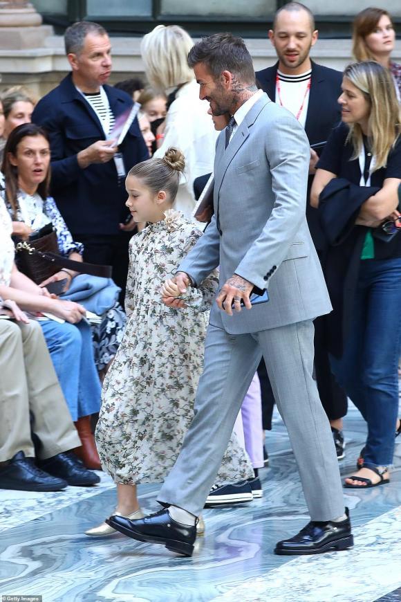 harper seven, con gái david beckham, tuần lễ thời trang london, sao hollywood