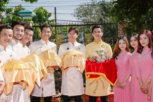Quốc Trường, Về nhà đi con, sao Việt