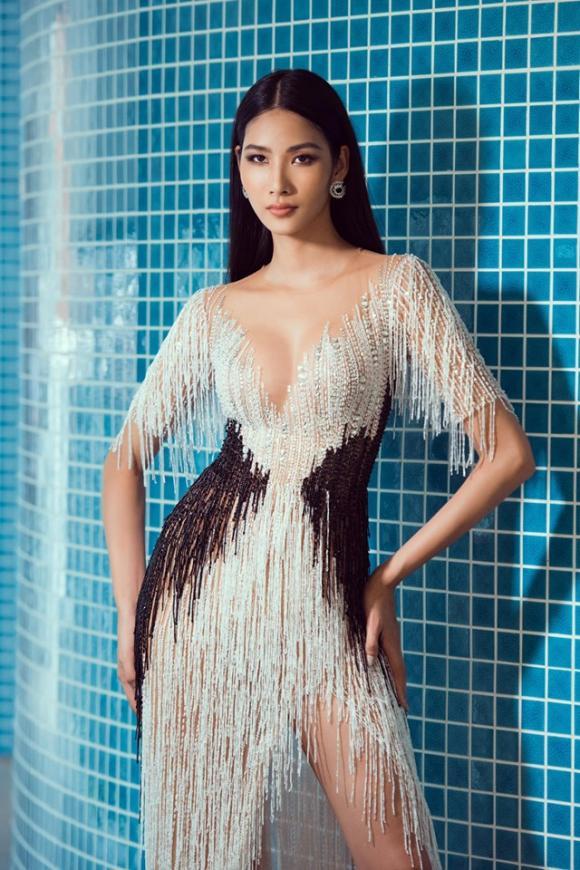Hoàng Thùy, Miss Universe 2019, sao Việt