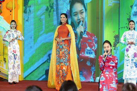 hoa hậu Hoàn vũ Việt Nam 2017, hoa hậu H'Hen Niê, sao Việt