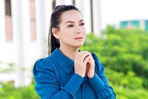 Phi Nhung, Phi Nhung chạy show, sao Việt