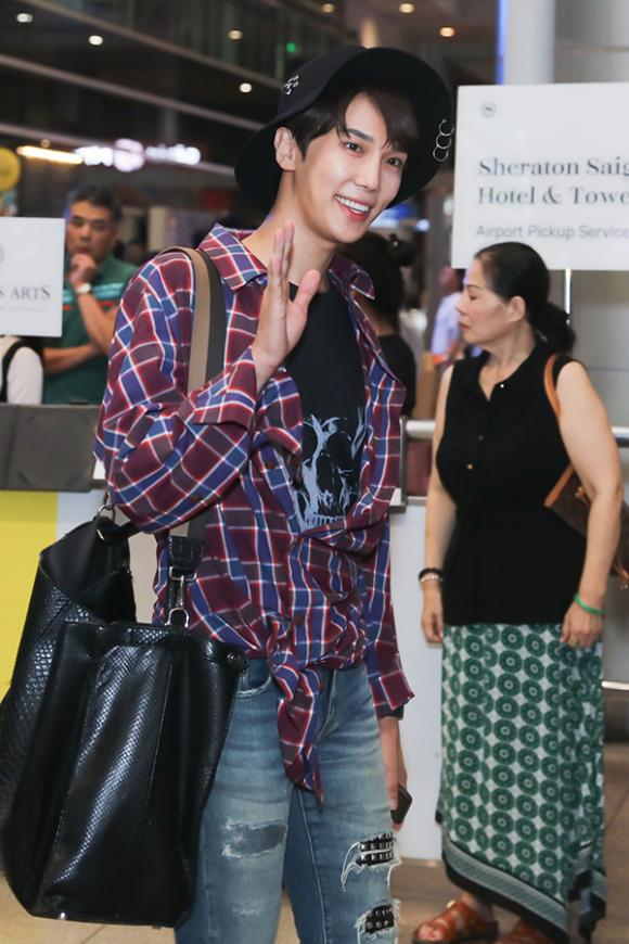 hari won, ca sĩ Park Jung Min, sao Việt