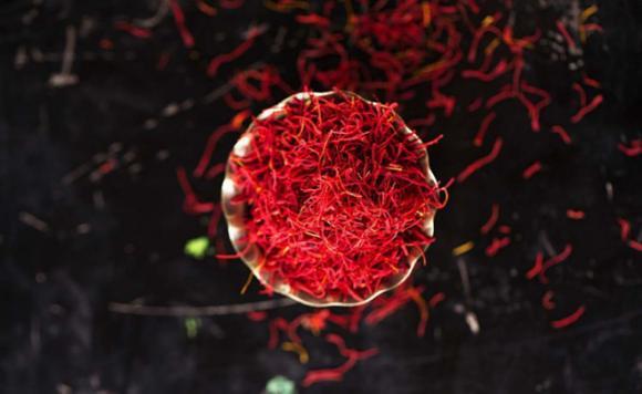 nhụy hoa nghệ tây, vàng đỏ, ung thư
