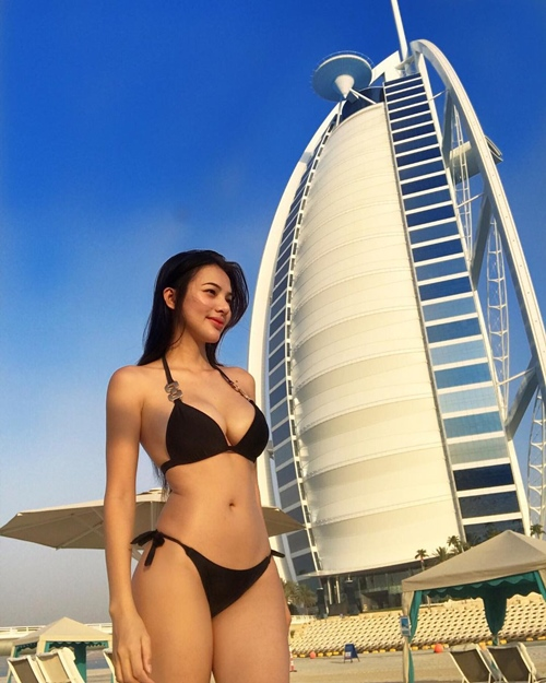 Sunshine Guimary, người mẫu Sunshine Guimary, người mẫu bốc lửa
