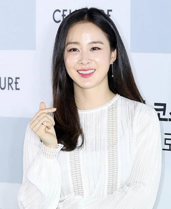 Kim Tae Hee,Bi Rain,nhan sắc thật của Kim Tae Hee,sao Hàn