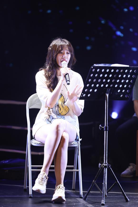 nữ ca sĩ hari won,ca si hari won,danh hài Trấn Thành, sao Việt