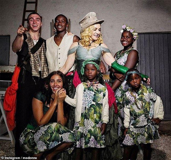 Madonna, Dennis Rodman, sao Hollywood