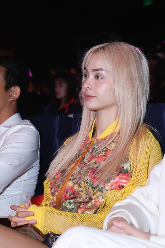 ca si hari won,nữ ca sĩ hari won,danh hài Trấn Thành, diễn viên Nam Thư, sao Việt