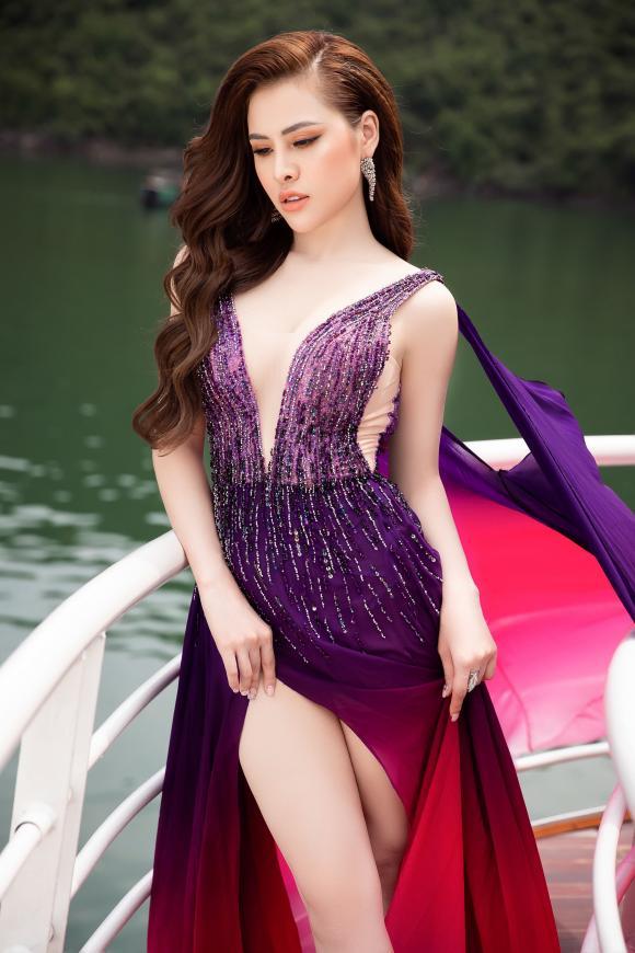 á hậu Thư Dung, sao Việt